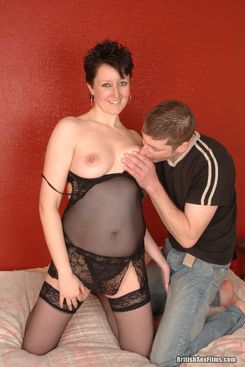 PICTURE SET: Older housewife