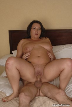 Chubby shaved chick fucked on her bed