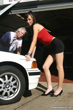 PICTURE SET: Old mechanic cums over younger lady