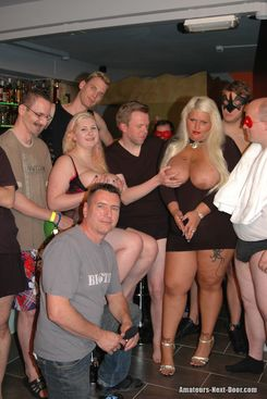 PICTURE SET: Orgy with fat big boobed amateurs