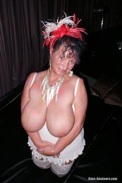 PICTURE SET: Kim in White lingerie