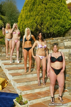 PICTURE SET: Five ladies posing together outdoors