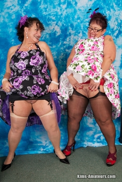 PICTURE SET: Busty matures Kim and Honey
