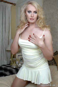 PICTURE SET: Shemale Alison Dale reveals what under her dress