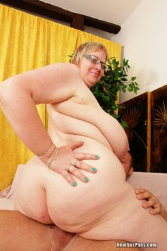 PICTURE SET: Pale glasses wearing BBW with big natural boobs
