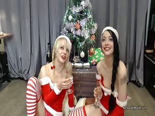 Merry Xmas from April Paisley and Alessa Savage!