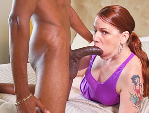 Redheaded gal with ginger pussy only does BBC