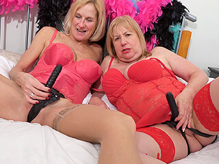 Strap-on sextoy grannies