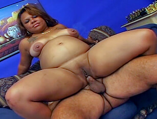 Swollen belly and fully shaved pregnant ebony has a threesome