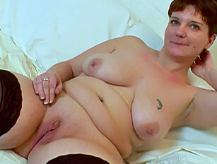 Chubby big boobed short haired amateur tries out porn
